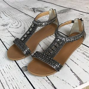 Silver, sparkly, silver sandals.